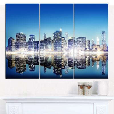 Designart Skyscraper On New York City Cityscape Canvas Art Print - 3 Panels
