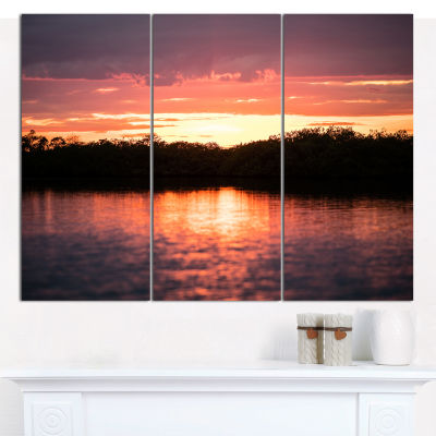 Designart Sunset On Tropical Lagoon Landscape Canvas Art Print - 3 Panels