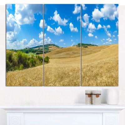 Designart Town Of Pienza Val D Orcia Italy Landscape Canvas Art Print - 3 Panels