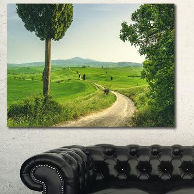Designart Tuscan Place In Rural Area Landscape Canvas Art Print