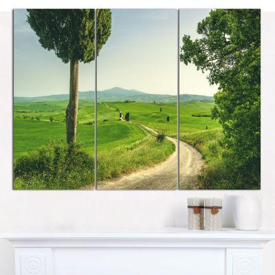 Designart Tuscan Place In Rural Area Landscape Canvas Art Print - 3 Panels