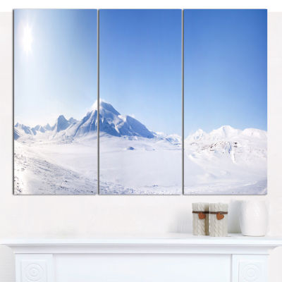 Designart Vacant Winter Land Panorama Landscape Canvas Art Print - 3 Panels