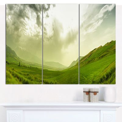 Designart Meadow Under Clouds Panorama LandscapeCanvas Wall Art - 3 Panels