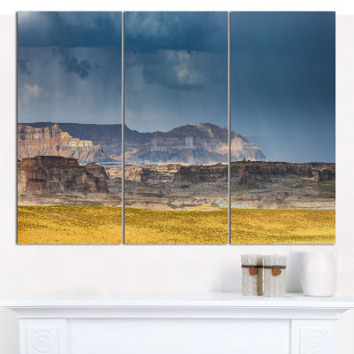 Designart Lake Powell Panorama Landscape Canvas Wall Art - 3 Panels