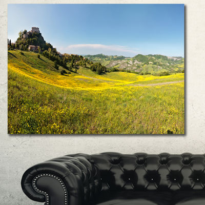 Designart Italian Castle Of Rossena Landscape Canvas Wall Art