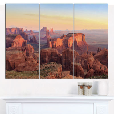 Design Art Hunts Mesa Panorama Landscape Canvas Wall Art - 3 Panels