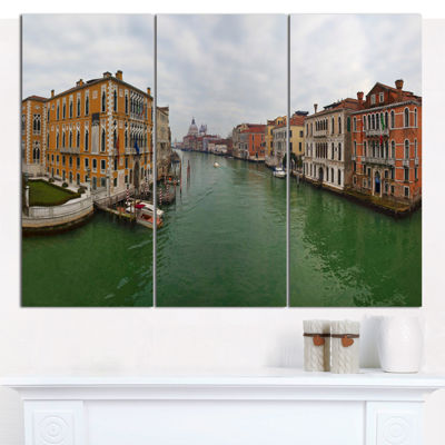 Designart Green Waters In Venice Grand Canal Landscape Canvas Wall Art - 3 Panels