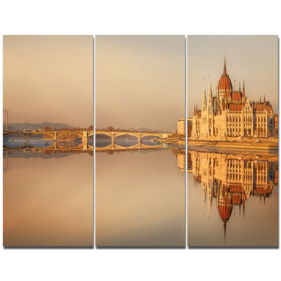 Designart Hungarian Parliament Panorama CityscapeCanvas Wall Art - 3 Panels