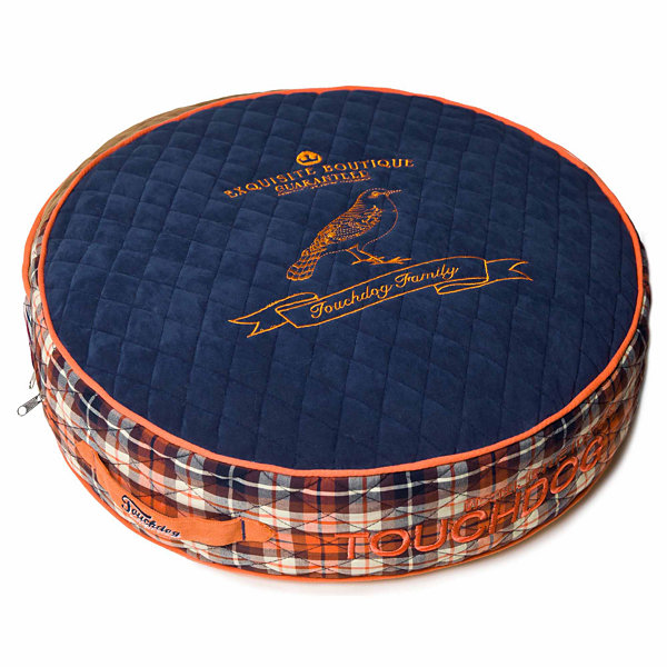 The Pet Life Touchdog Bark-Royale Posh Rounded andRaised Designer Fleece Plaid Dog Bed