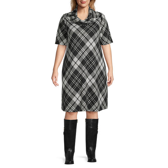 Studio 1-Plus Short Sleeve Plaid Swing Dresses