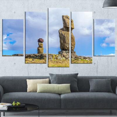 Designart Ahu Tahai and Ahu Ko Te Riku LandscapePhoto Canvas Art Print - 5 Panels