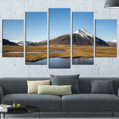 Designart Scenic Southern Iceland Landscape Photography Wrapped Print - 5 Panels