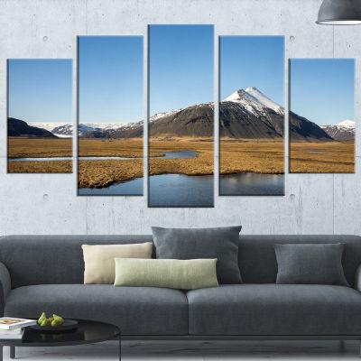 Designart Scenic Southern Iceland Landscape Photography Canvas Print - 5 Panels