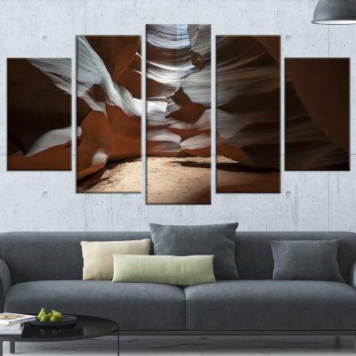 Designart Antelope Canyon Dark inside Landscape Photo Canvas Art Print - 5 Panels