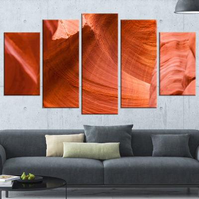Designart Antelope Canyon Details Landscape PhotoCanvas Art Print - 4 Panels