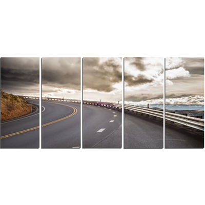 Designart Sky Road Curve Landscape Photography Canvas Art Print - 5 Panels