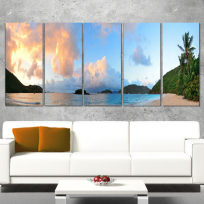 Designart Beach Sunset with Clouds Landscape Photography Canvas Print - 5 Panels