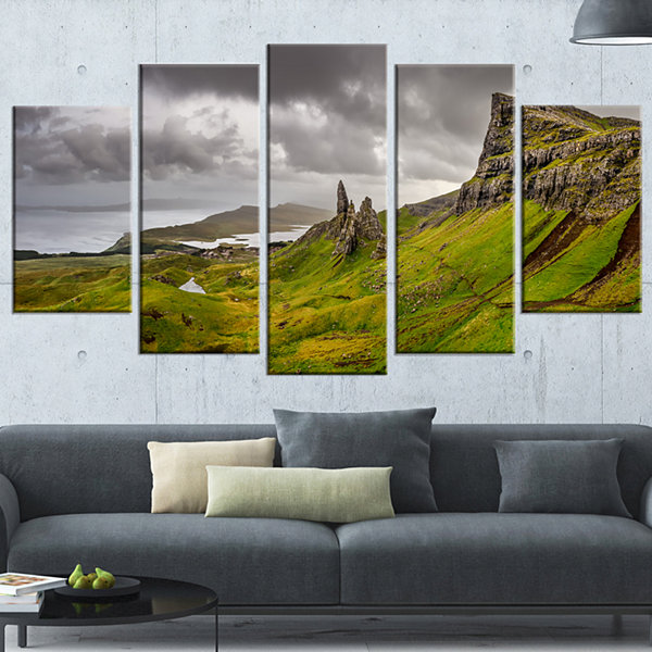 Designart Storr Mountains Panorama Landscape Photography Wrapped Print - 5 Panels