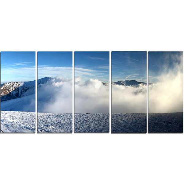 Designart Beautiful Winter Landscape PhotographyCanvas Art Print - 5 Panels