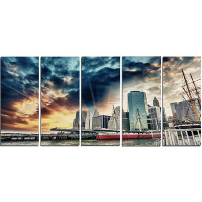 Designart Sunset Colors of Manhattan Cityscape Photo CanvasPrint - 5 Panels