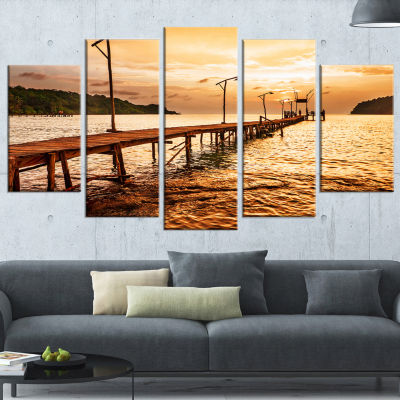 Designart Sunset Over Brown Sea Seascape Canvas Art Print -5 Panels