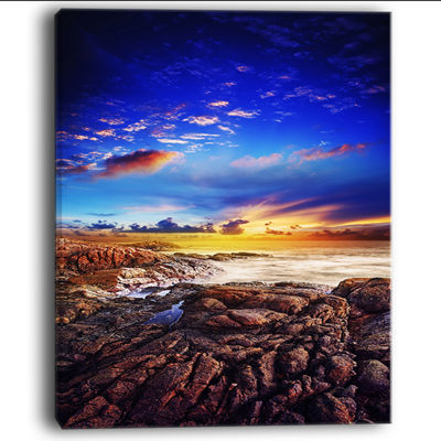 Designart Sunset Over the Ocean Seascape Photography CanvasArt Print - 4 Panels