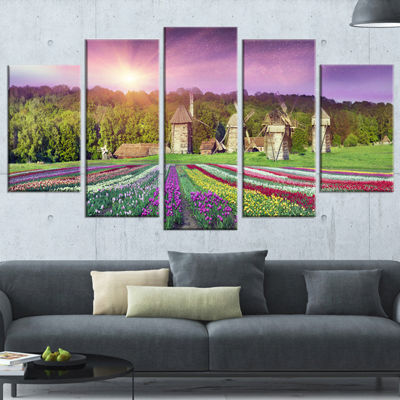 Designart Blooming Spring Tulips Landscape PhotoCanvas Art Print - 5 Panels