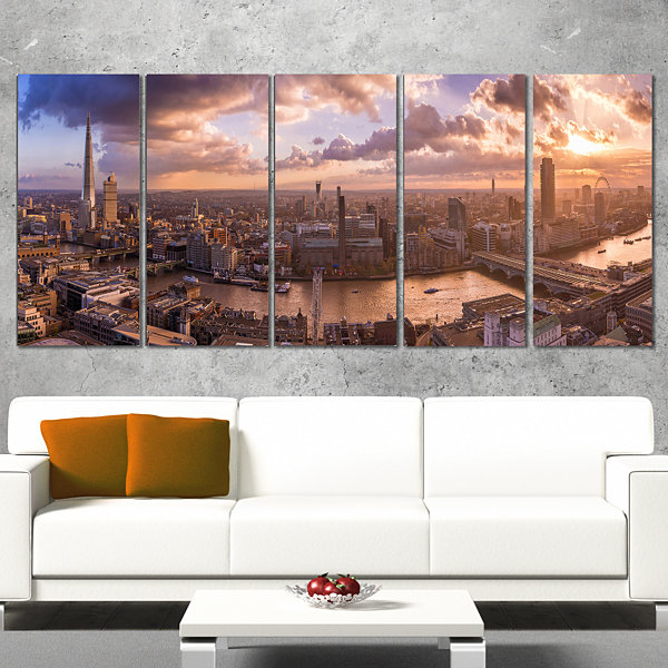 Designart Sunset Through Clouds in London Photography CanvasArt Print - 5 Panels