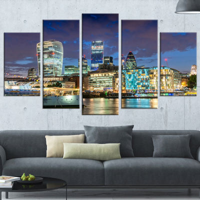 Designart Thames River at Night Large Cityscape PhotographyCanvas Print - 5 Panels