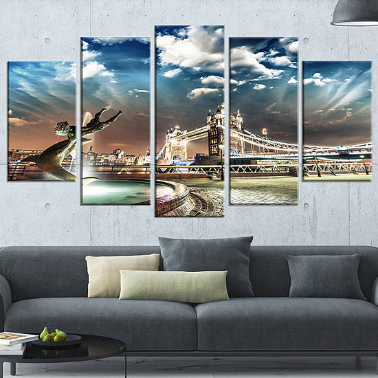 Designart Tower Bridge At Night Landscape Photography Wrapped Art Print 5 Panels