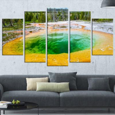 Designart Bright Morning Glory Pool Landscape Photo Canvas Art Print - 4 Panels