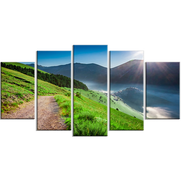 Designart Umbria Mountains Sunny Sunrise LandscapePhotography Canvas Print - 5 Panels