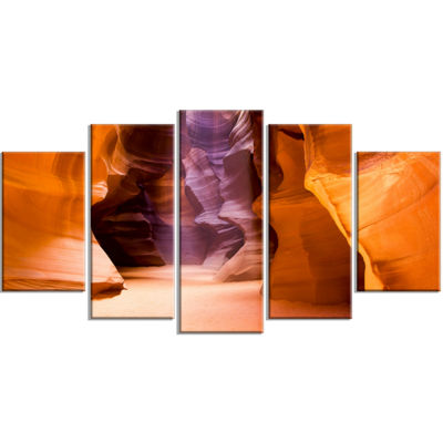 Designart Upper Antelope Canyon Landscape Photo Canvas Art Print - 5 Panels