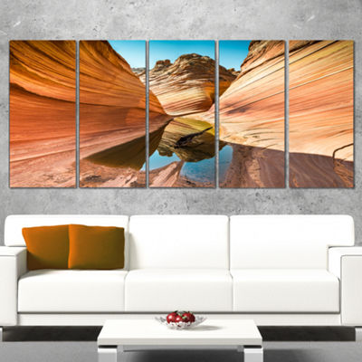 Designart Water inside Arizona Wave Landscape Photography Canvas Print - 5 Panels