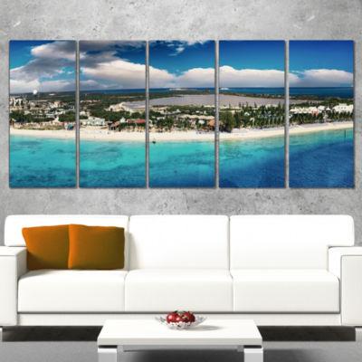 Designart Caribbean Coast Tropical Panorama Seascape Canvas Art Print - 4 Panels
