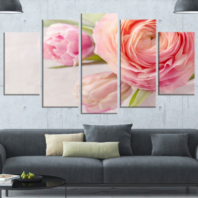 Designart Full Bloom And Blooming Flowers FloralCanvas Art Print - 4 Panels