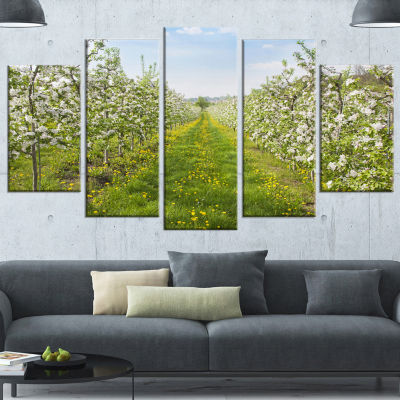 Designart Bloomy Peach Forest Photography Large Floral Canvas Art Print - 5 Panels