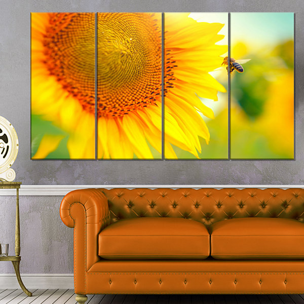 Designart Beautiful Sunflowers Blooming Large Animal Canvas Art Print - 4 Panels