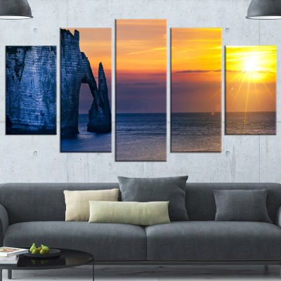 Designart Etretat Cliff Normandy Panorama Large Seashore Canvas Wall Art - 5 Panels