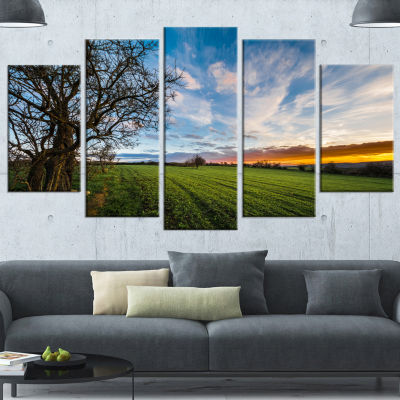 Designart Green Pasture Under Blue Sky Extra LargeLandscapeWrapped Canvas Art Print - 5 Panels