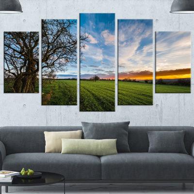 Design Art Green Pasture Under Blue Sky Extra Large LandscapeCanvas Art Print - 5 Panels