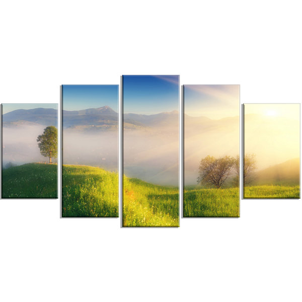 Designart Morning Mist Over Mountain Village ExtraLarge Landscape Wrapped Canvas Art Print - 5 Panels
