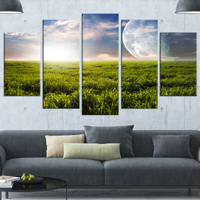 Designart Green Field Under Bright Sunlight ExtraLarge Landscape Wrapped Canvas Art Print - 5 Panels