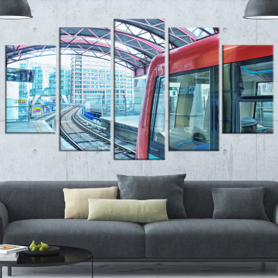 Designart Departing London Subway Train Modern Cityscape Canvas Art Print - 5 Panels