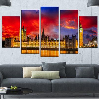 Designart House Of Parliament At River Thames Large Modern Cityscape Canvas Art Print - 5 Panels