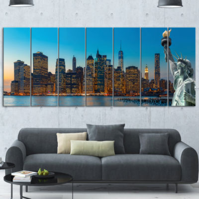 Designart Evening New York City Skyline PanoramaExtra LargeCanvas Art Print - 7 Panels