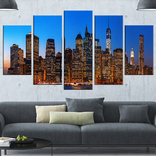 Designart Night New York City Panorama Gold ExtraLarge Canvas Art Print - 5 Panels