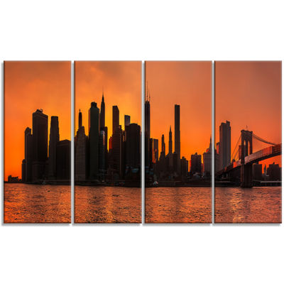 Designart Silhouettes Of Manhattan Panorama ExtraLarge Canvas Art Print - 4 Panels