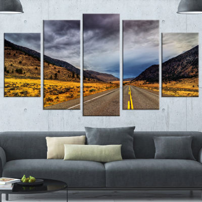 Designart Mountain Desert Highway British ColumbiaExtra Large Landscape Canvas Art Print - 4 Panels