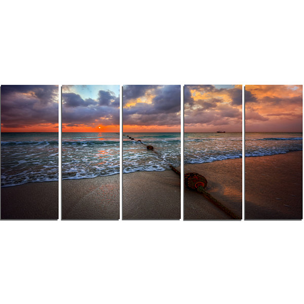 Design Art Reddish Sunset Over Clear Beach Seashore Canvas Art Print - 5 Panels